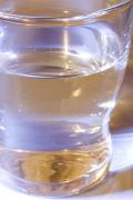 Monatsthema Spiel mit Glas und Wasser - Fotograf Helmut Joa
